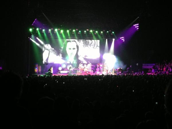 #rush making us proud to rock in Toronto. http://t…